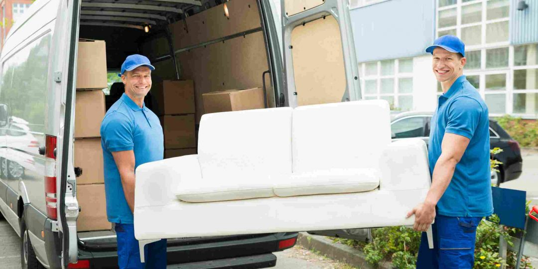 https://www.removals-uk.com/wp-content/uploads/2015/11/movers_151-1080x540.jpg